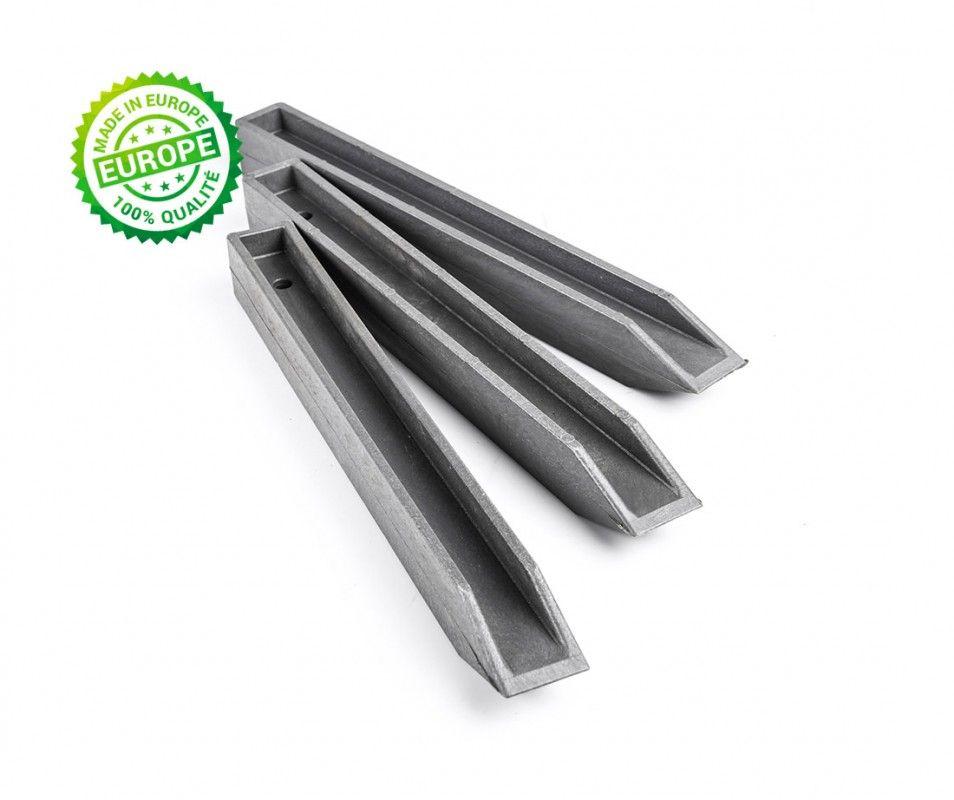 piquets PVC pour bordure de jardin